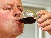 Hodnocení vín soutěže TOP víno Slovácka v Uherském Hradišti. Ilustrační foto