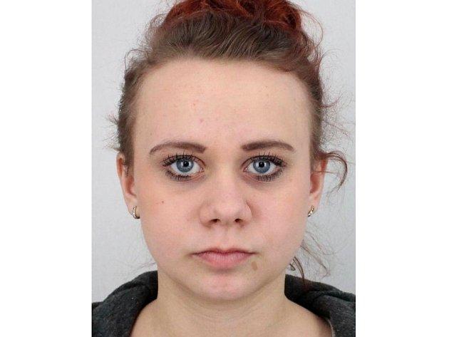 Šestnáctiletá Sára Úlehlová, svěřenkyně dětského domova v Uherském Hradišti, odešla ve čtvrtek 29. září do školy a do dnešního dne o sobě nepodala žádnou zprávu