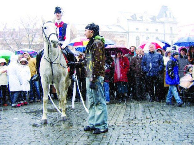 Svatého Martina na bílém koni doprovázelo sněžení.