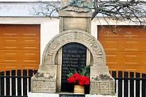 Masarykova busta v Medlovicích projde obnovou.