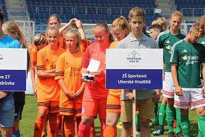 Sportovní liga ZŠ republikové finále v minifotbalu v Uherském Hradiští. Slavnostní zahájení