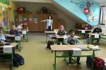 Třeťáci na ZŠ UNESCO, první den po karanténě 25. května.