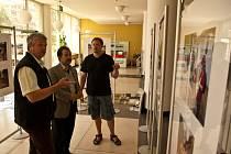 Výstava fotografií Záplavy v Bystřici pod Lopeníkem 2013 je ve 21. budově ve Zlíně k vidění ještě dnes.