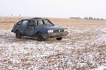 Dopravní nehoda, při níž se zranili dva mladí lidé se stala v neděli ráno 1. února v zatáčce na Kunovském kopci.