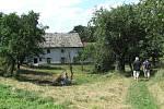 Pověstný mlýn u Cetechovic je dodnes obydlen.