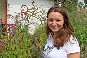 Návštěvníci Živé vody na Modré se od bioložky Hany Svobodové dozvěděli, jak chránit mořské želvy před vyhynutím.