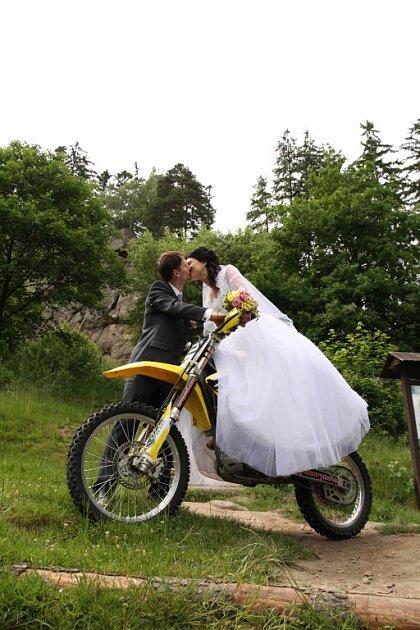 Soutěžní svatební pár číslo 89 - Jitka a Zdeněk Hrabicovi, Valašská Polanka