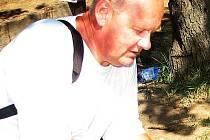 Archeolog Luděk Galuška při práci.