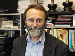 Stanislav Nemrava vede Základní uměleckou školu Uherské Hradišě od roku 1992.