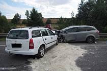 Dopravní nehoda u Podolí blokovala hlavní tah na Slovensko.