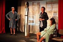 Přehlídka ochotnických divadel ze Slovácka a okolí se koná na prknech co znamenají svět Malé scény v Uherském Hradišti.