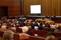 Pětadvacet minut, přesně tak dlouho trvalo ve středu 10. listopadu, zvolení Havřičana Patrika Kunčara (KDU-ČSL) starostou Uherského Brodu.