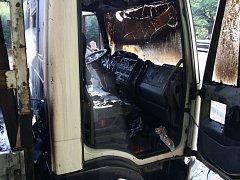 Chyba v eletroinstalaci zapříčinila požár nákladního auta v buchlovských horách.