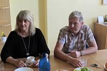 Kandidát do Senátu Pavel Botek očekával výsledky voleb společně se svým týmem.