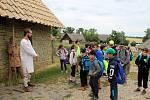 Archeoskanzen na Modré žil po dobu dvou týdnů programem pro školy snázvem Velká Morava.