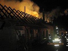 Požár rodinného domu ve Vlčnově.