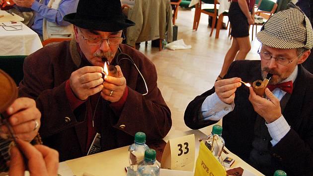 Co nejpomaleji vykouřit tři gramy tabáku byla velká alchymie.