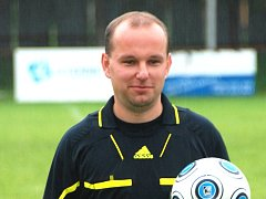 Fotbalový rozhodčí Pavel Bartoň.