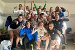 Fotbalistky Slovácka se radují po výhře nad Plzní z postupu do Ligy mistryň. Foto: FC Slovácko ženy