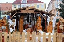 Původní Svatou rodinu se dvěma ovečkami nahradila kompozice více než 30 figurín.