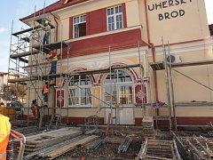 Dokončování II. etapy dopravního terminálu v Uh. Brodě.
