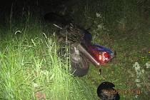 Nehoda motorkáře u Bánova.