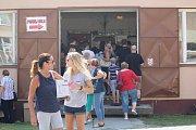 Den otevřených dveří ve sklárnách v Květné opět nalákal tisíce lidí.