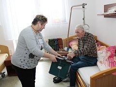 Pro svého prezidenta chtěl také hlasovat vůbec nejstarší obyvatel Domova pro seniory v Buchlovicích Alois Štolfa.