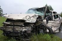 K tragické dopravní nehodě, při níž zemřel řidič osobního automobilu, došlo v pondělí 26. srpna krátce před 13. hodinou po poledni na tranzitní silnici I/50 u Kunovic.