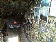 Vojenský bunkr opravili dobrovolníci.