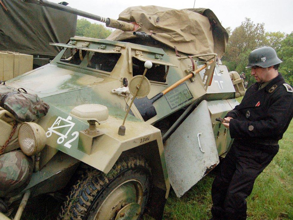 Na korytňanských lúkách diváci zhlédli rekonstrukci bitvy z posledních dnů 2. světové války.