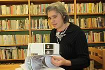Monika Cimalová vede ve Veletinách knihovnu už šest let.
