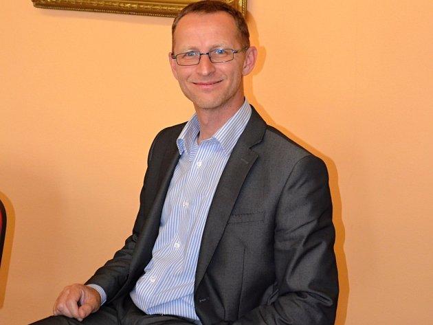 Ředitel uherskobrodského gymnázia Michal Gergela.