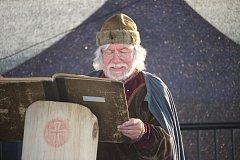 Na Výšině svatého Metoděje se uskutečnil pátý ročník Noci s Metodějem. Letošní hlavní program odstartovala Blanka Rašticová s přednáškou o založení Uherského Hradiště. Páteční noc pak zakončil koncert Roberta Křesťana a Druhé trávy.