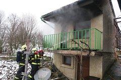 Požár chaty v Ostrožské Lhotě.