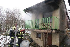 Požár chaty v Ostrožské Lhotě