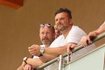 Podnikatel Libor Nuzík (vpravo) je předsedou FC Strání. Dříve podporoval také Slovácko.