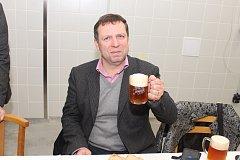 Obnovený Jarošovský pivovar otevřel poprvé své výrobní prostory a pozval do nich i starostu Uherského Hradiště Stanislava Blahu.