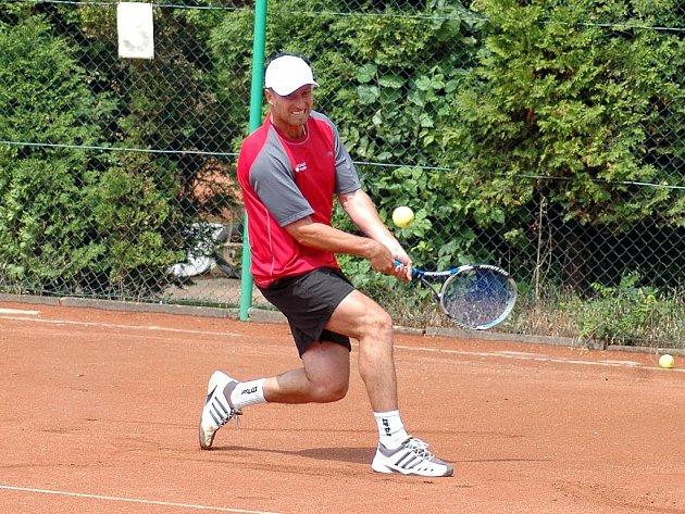Opora hradišťského áčka Tomáš Pindur nezaváhal ve dvouhře ani ve čtyřhře.