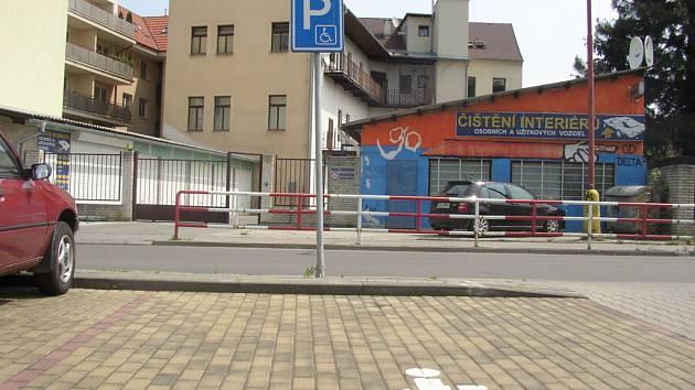 Odstavná plocha nedaleko vlakového nádraží v Uh. Hradišti.