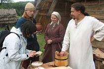 Sladkosti předků dávali  ochutnat v opevněném hradišti Velkomoravané.