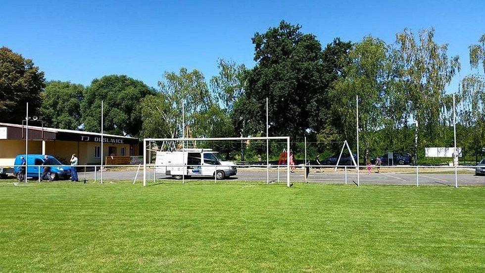 Na hřiště v Drslavicích se zase brzy vrátí fotbalisté.