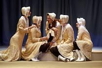 Opereta Utíkej, Nituško ve Slováckém divadle v Uherském Hradišti