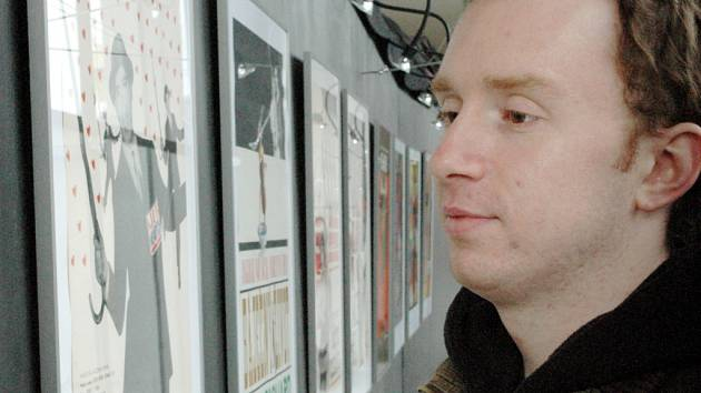 Dvě výstavy filmových plakátů jsou v těchto dnech k vidění v uherskohradišťském kině Hvězda.