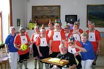 Karnevalu vládli poslanci, senátoři i slavistická jedenáctka.