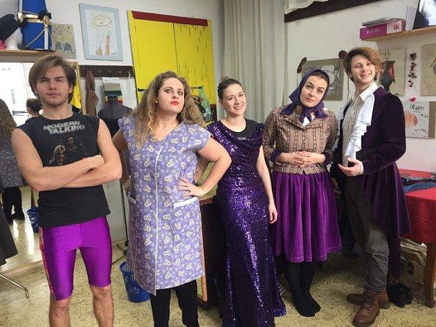 Slovácké divadlo vyjíždí na originální turné