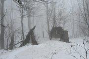 Vrchol vedle Velké Javořiny je bývalý vojenský prostor.