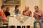 Zcela vyprodat hlediště Slováckého divadla se v pátek 26. června podařilo divadelnímu spolku Pod lampú z Bánova, s jejich komedií Biomatka, aneb Běž do řiti s kus-kusem.