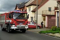 Tragické vyústění má nedělní požár rodinného domu v Dolním Němčí. Jeho obětí se stal muž, kterého na místě objevili bez zámek života.