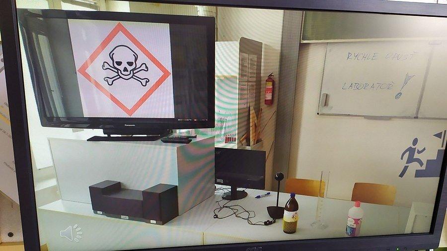 Havárie v laboratoři.